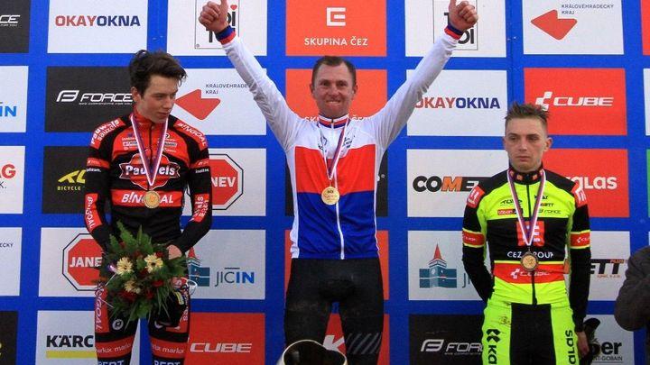 Šampion Hekele nebude ve Švýcarsku chybět. V 42 letech přidá třetí účast na MS