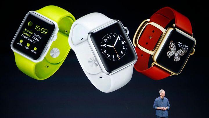 Apple své chytré hodinky začne prodávat v dubnu