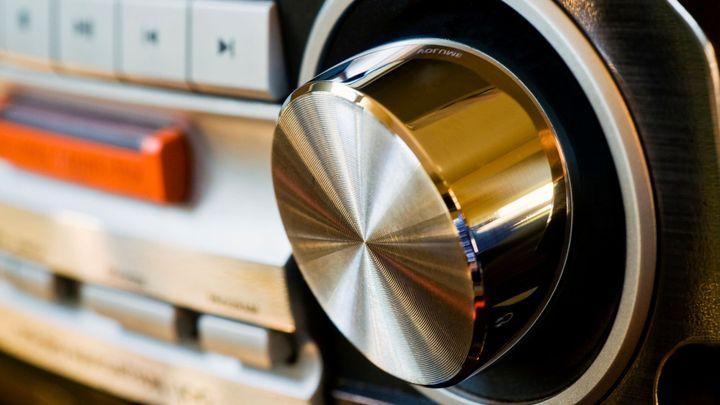 Norsko jako první na světě zruší rozhlasové vysílání FM