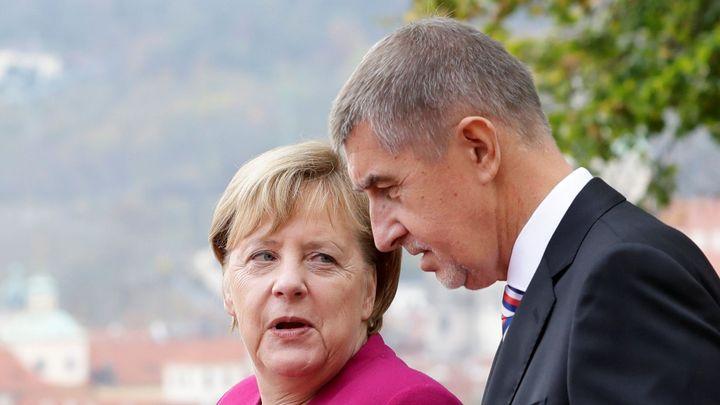 Státy EU přenechají Česku 100 000 dávek vakcíny Pfizer, dorazí příští týden