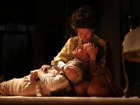 Recenze: Dejvické divadlo pojalo Ibsena konzervativně, chybí vazba na dnešek
