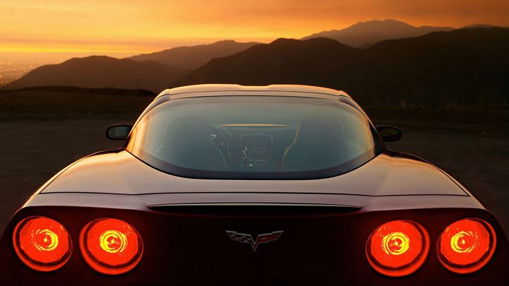 Chevrolet Corvette Slav 65 Vro Jeden Z Nejkrsnjch Spork