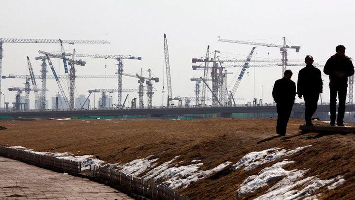 Zisk? Stavební firmy berou i zakázky se zápornou marží
