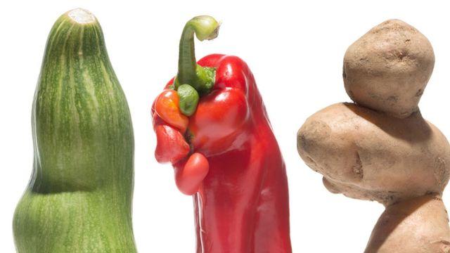 Křivá zelenina je sexy  Berlínský umělec zachraňuje fotkami jídlo