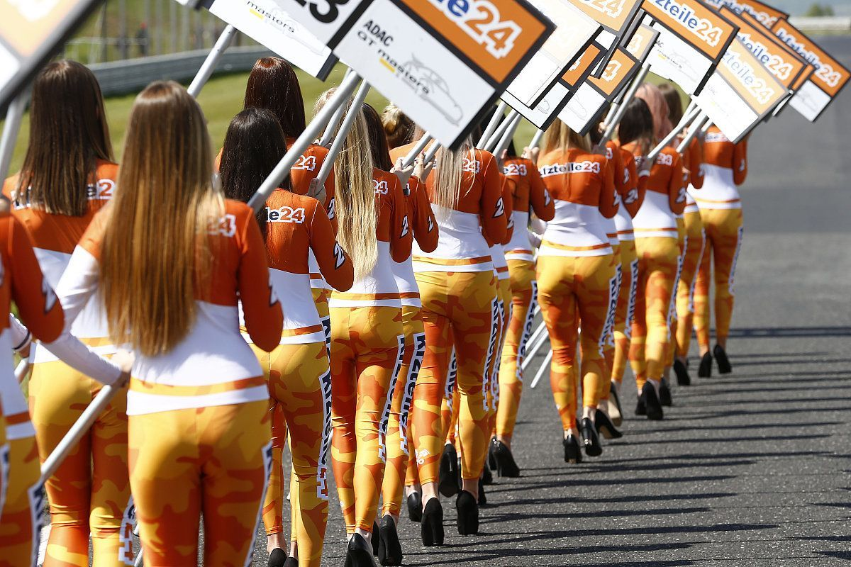 ADAC GT Masters, Most 2018: grid girls