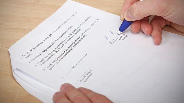 Daňové změny u pojistek: Nejpřísnější je KB, smlouvy nezmění