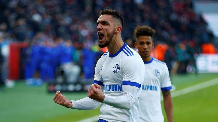 Schalke zvítězilo v Leverkusenu 2:0, brankář Fährmann oslavil sté utkání v řadě nulou