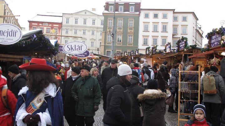 Vrcholí vánoční nákupy. Obchody hlásí meziroční růst tržeb