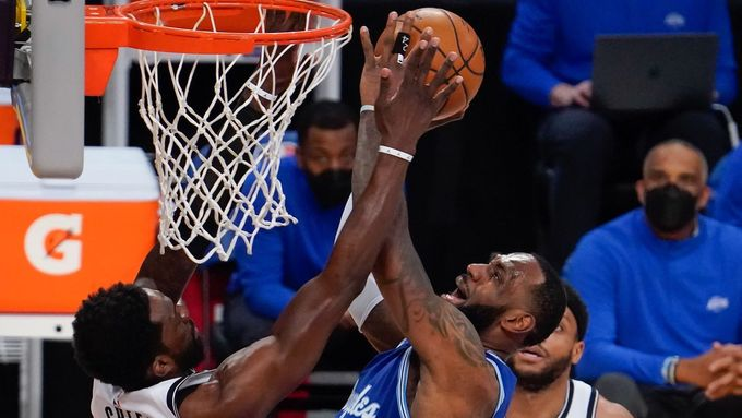 LeBron James v zápase s Brooklyn Nets