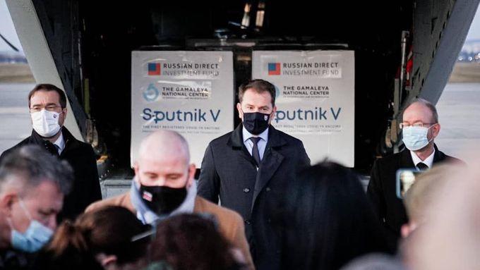 Za Sputnik jsem Rusům slíbil Zakarpatskou Ukrajinu, žertoval Matovič. Teď se omluvil