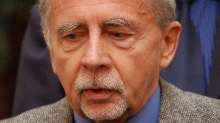 Zeman stáhl nominaci Válkové na ombudsmanku, jeho nabídku přijal Křeček