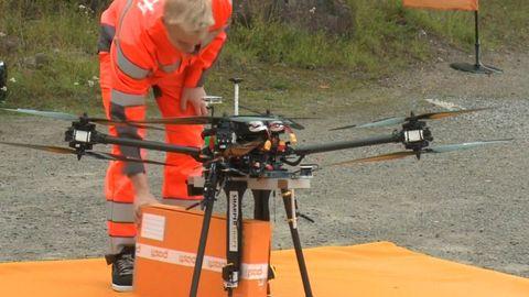 Pošta ve Finsku testovala jako první v Evropě doručování balíků drony