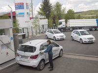 Přichází éra vodíkových aut? Čerpat už lze i na dálnici