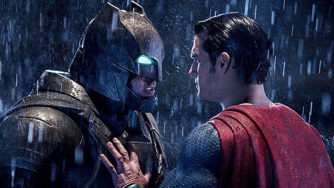 Batman Vs Superman Kritik Batman V Superman Dawn Of