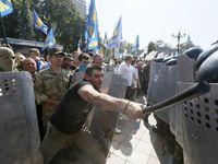 Bylo to jako na frontě, popisují svědci krvavý útok v Kyjevě