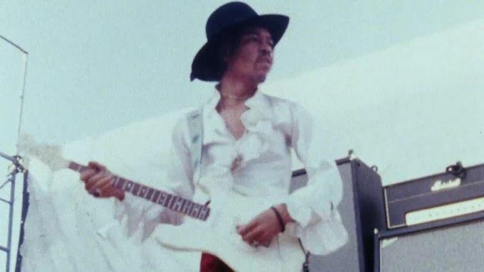 Skladba Foxey Lady, jak ji Hendrix hrál roku 1968 na festivalu v Miami.