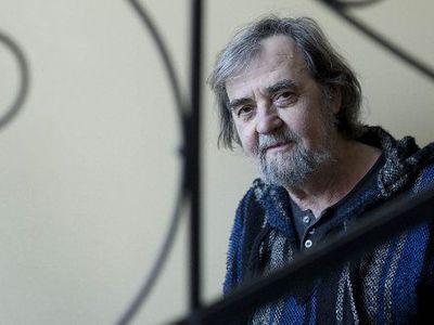 Zemřel básník a textař Pavel Šrut, autor populárních Lichožroutů i Koleje Yesterday. Bylo mu 78 let