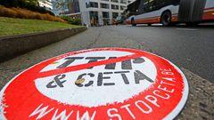 Evropu blokuje 46 lidí. Klíčovou obchodní dohodu stopla