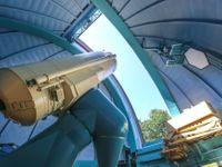 Foto: Největší dalekohled v Česku vznikl před 50 lety se štěstím. Teď zkoumá vzdálený vesmír