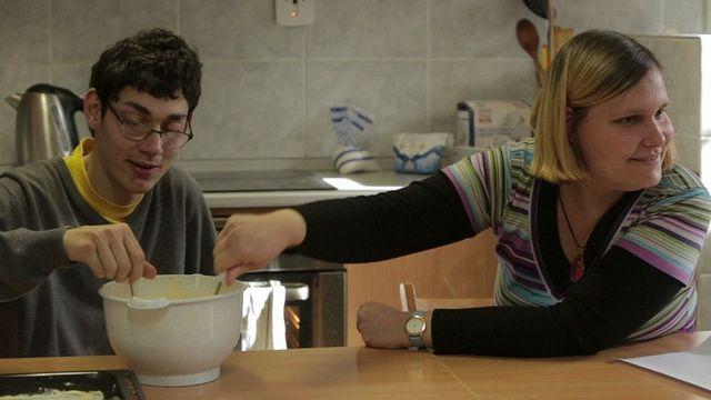Milan a Silvia. Navzdory mýtům o tom, že autisté neumějí projevovat city, zažili takřka vyznání lásky.