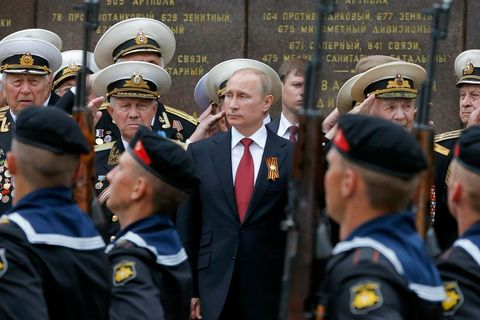 Intelligence officers warn against underestimating Russia