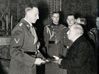 Heydrich si korunu nenasadil, popřel to i jeho syn. Byl to zločinec, ale žádný hlupák, říká badatel