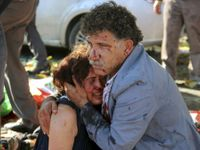 Masakr v Turecku už má 86 obětí. Zabíjel sebevražedný atentátník?