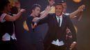 Izraelský zpěvák Guedj, který se narodil v Paříži, vystoupil ve Vídni s písní Golden Boy. Je to vůbec poprvé, co soutěžící z Izraele zpíval v angličtině. (Izrael)