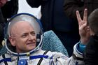 Scott Kelly se vrátil na Zemi