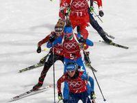 Živě: Biatlonová štafeta žen vrcholí. Vedou průběžně Polky, Češky i favorité ztrácejí