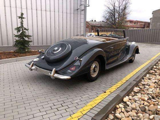 Petimístný kabriolet Praga Golden se pravděpodobně vyrobil v jediném exempláři.
