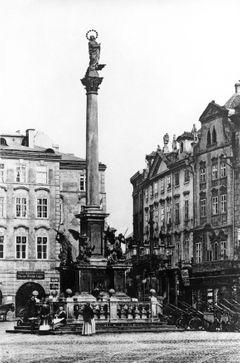 Mariánský sloup na Staroměstském náměstí, 1885.