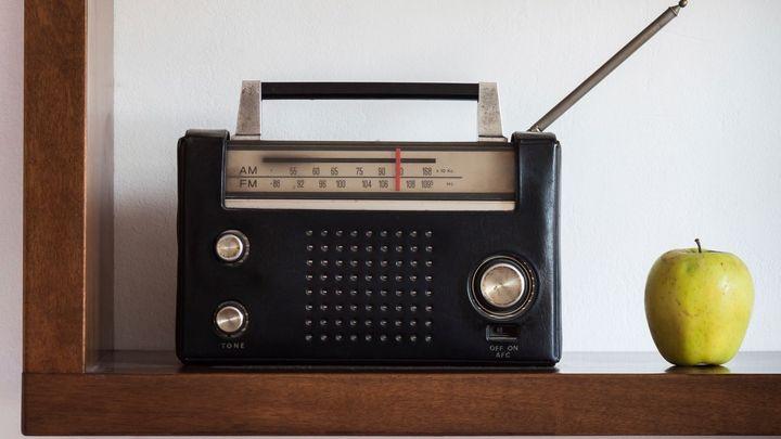 Zapnuté rádio v obchodě? Ústavní soud se zastal prodejce