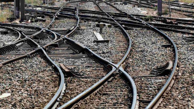 Železnice přejde na jednotnou napájecí soustavu 0721af5609