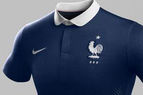 4877b6a5c0af Nike omezovala prodej dresů s logy klubů. Zaplatí obří pokutu ve výši  stovek milionů