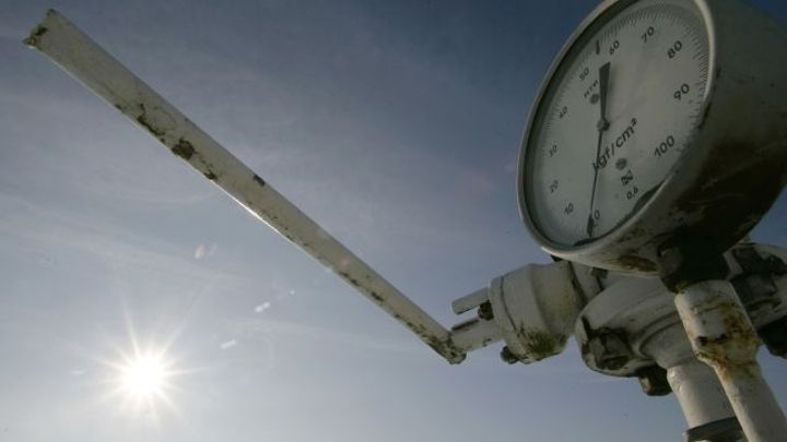 Gazpromu klesl zisk o 92 procent. Tvoří si rezervy