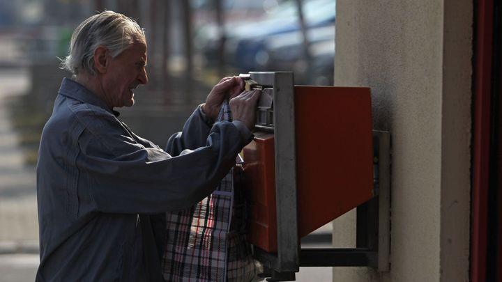 Pošta chce za ztrátové služby víc peněz, než jí přiřkl ČTÚ