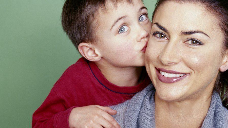 Maminky vs chlapec sex obrázky