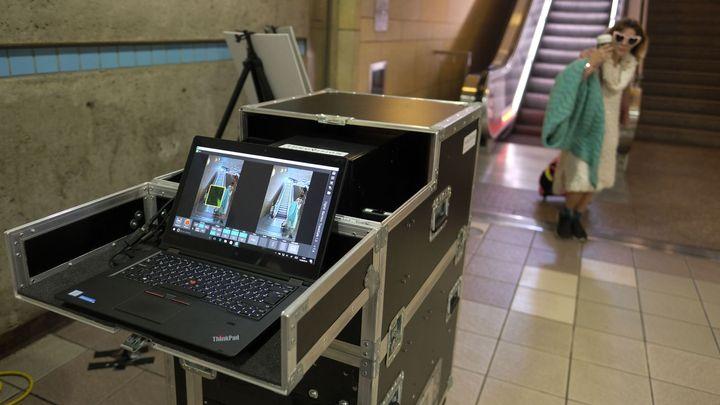 Podobně jako na letišti. Metro v Los Angeles nainstaluje do stanic bezpečnostní skenery