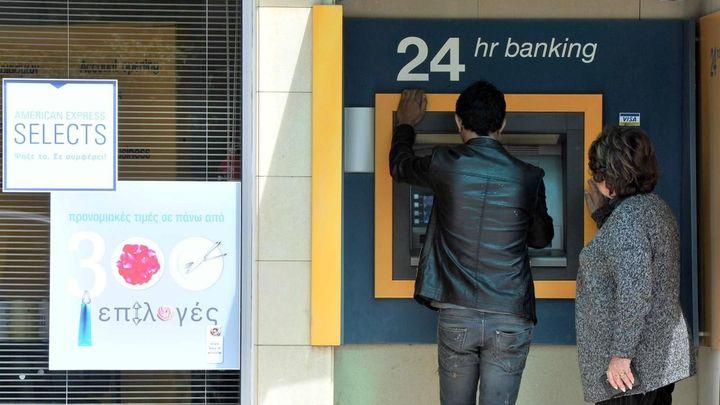 Kypr zrušil limit na denní výběr z účtů