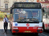 Praha po tramvajích překreslí i autobusy, změní se třetina linek. Blankou dál nepojedou