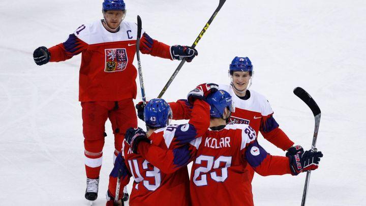 Hokej zastaví i výuku. Na některých školách budou moci žáci sledovat semifinále s Ruskem