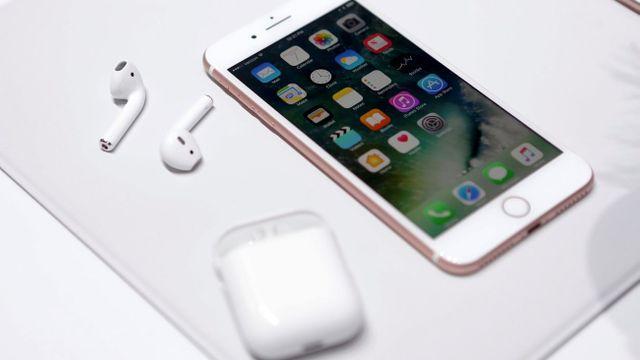 Nový iPhone 7 přišel o konektor pro sluchátka b2af706e56e