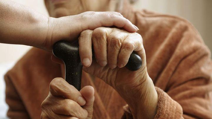 Důchodový věk neporoste rychleji, odmítla vláda návrh EU