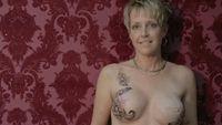 Video Tetování Molly Ortwein