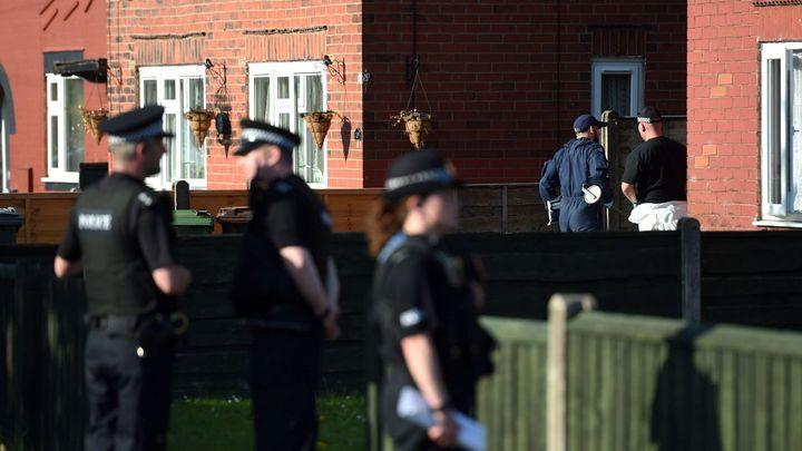 Policie zatkla v Manchesteru dva lidi podezřelé z terorismu