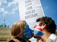Živě: Brexit může být větší katastrofa než uprchlická krize, varuje miliardář Soros