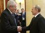 Vláda drží sankce. A Zeman (prý) už nechce být Echem Moskvy