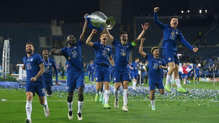 V Lize mistrů roste nadvládla klubů z Premier League. Nejvyšší kurz ale má PSG; Zdroj foto: Reuters