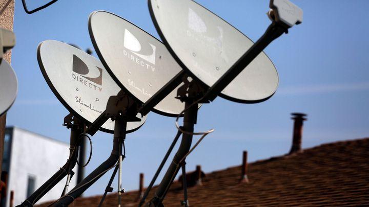 Americká AT&T koupí satelitní televizi DirecTV